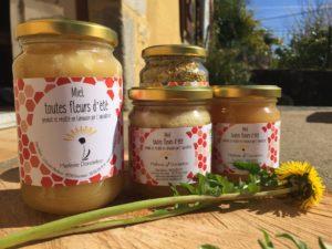savons naturels, miel, cire d'abeille